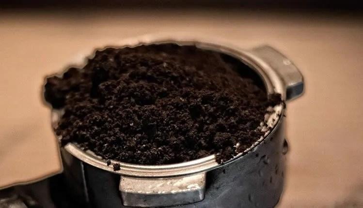 Kaffeesatz - wertvoll und vielseitig verwendbar