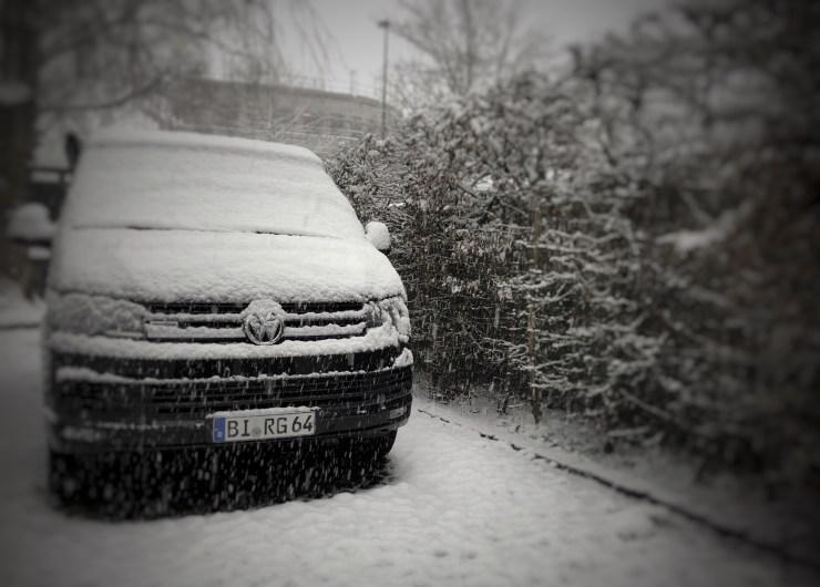 Bulli im Schnee