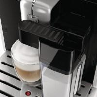 Kaffeevollautomat Test Saeco HD8769 Moltio Milchbehälter