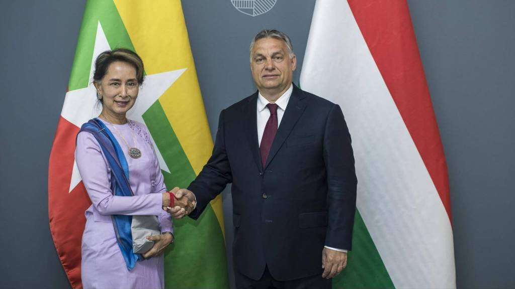 Aung San Suu Kyi and Viktor Orban in Budapest
