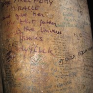 A close up of the writing.