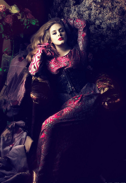 Adele by Mert & Marcus for US Vogue, 2013. Source: meltyfashion.fr