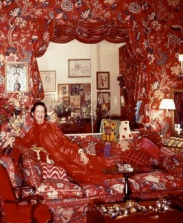 The famous all-red room in her flat. Source: Fashions Most Wanted blogspot.