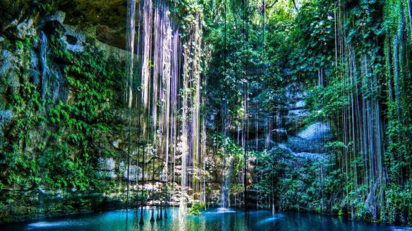 Ik Kil cenote, Yucatan Peninsula. Source: 1hdwallpapers.com