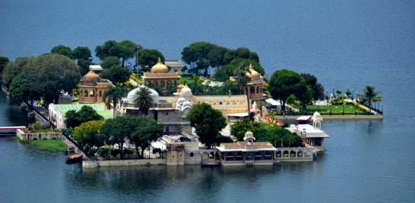 Jag Mandir Temple or Palace on Lake Pichola, Udaipur. Photo by Taraun Gaur on MyGreedyBackpack.com. (Direct website link embedded within.)
