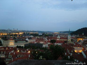 Die Moldau, kurz vor Einbruch der Nacht