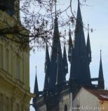 Die bekannten Türme der Teynkirche am Altstädter Ring