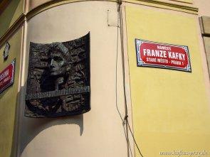 Kafkaplakette an seinem Geburtshaus