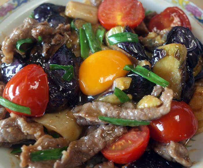 牛肉と茄子とトマトの中華炒め