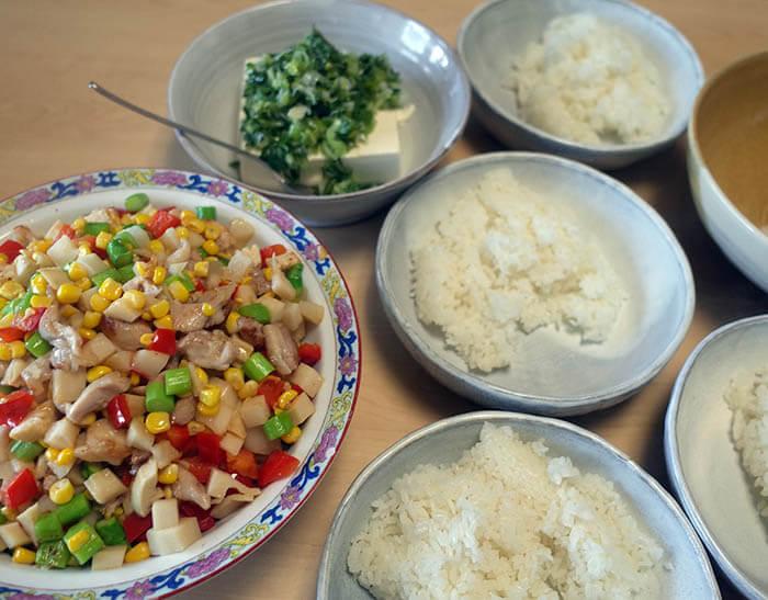 鶏肉と三色野菜の中華炒め