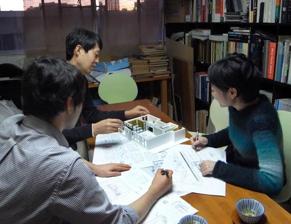 照明デザイナーの三橋倫子さん
