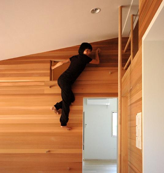 登り壁の工夫