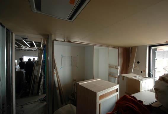 寝室クローゼット家具セッティング