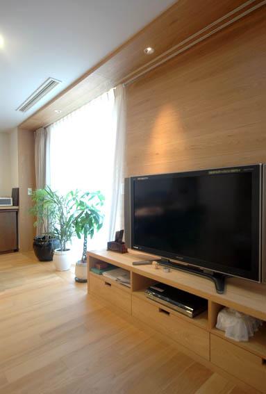 木製フレームとテレビ置き