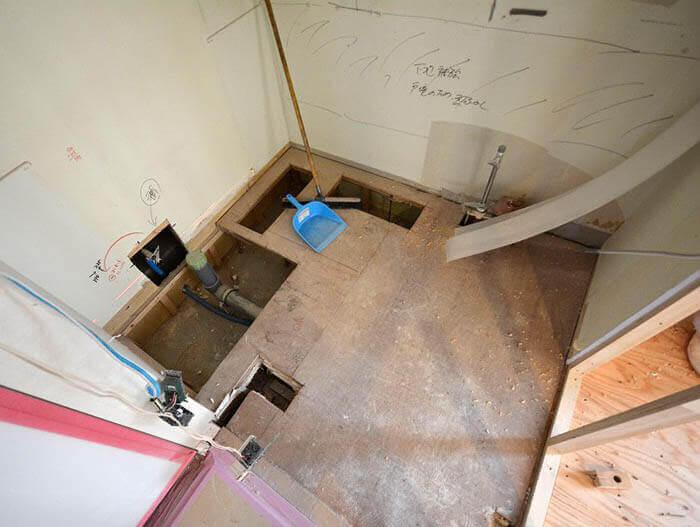来客用トイレの下地製作