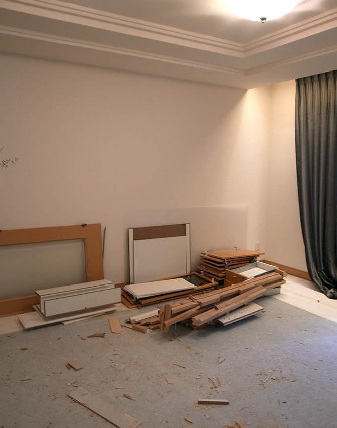 寝室の解体工事