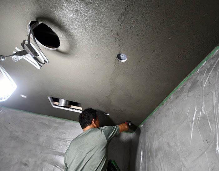 浴室天井のエクセルジョイント