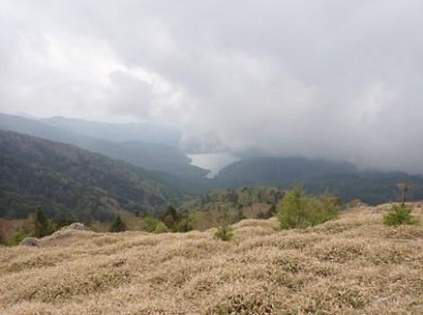 眼下の大菩薩湖