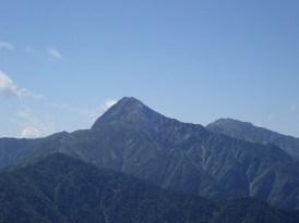栗沢山から見た北岳