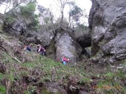 まぁ、凄い岩の中