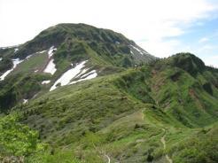 これから登る「雲尾坂」