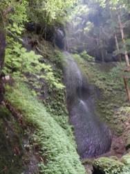 ハッチメ滝の接近撮影