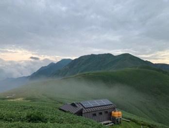 谷川岳~武能岳方面の稜線