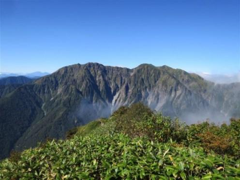 (白毛門)谷川岳一ノ倉沢の岩稜。