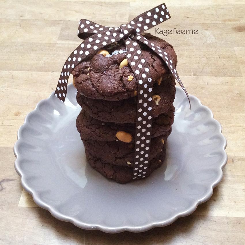 Cookies-med-karamel-og-peanuts