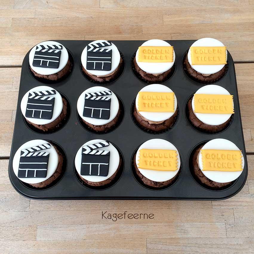 Film tema cupcakes med klaptræ og Golden ticket