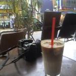 国立のオープンカフェ