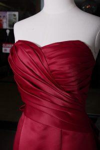 立體剪裁婚紗晚裝的手藝