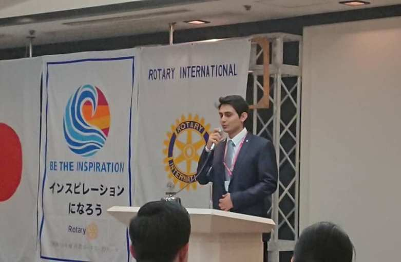 イバ君が日本語でスピーチ!ロータリー米山記念奨学部門のセミナー