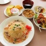 熊谷市原島くまぴあ内「レストラン FOREST」の日替わりランチとサラダ・デザートバイキング(水曜限定)