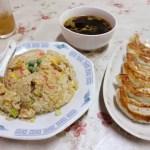 熊谷市小島「むさし屋食堂」のチャーハンと特製餃子