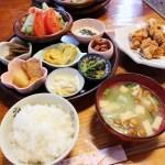 熊谷市上之「おかげさん」の唐揚げと小鉢たくさんランチ