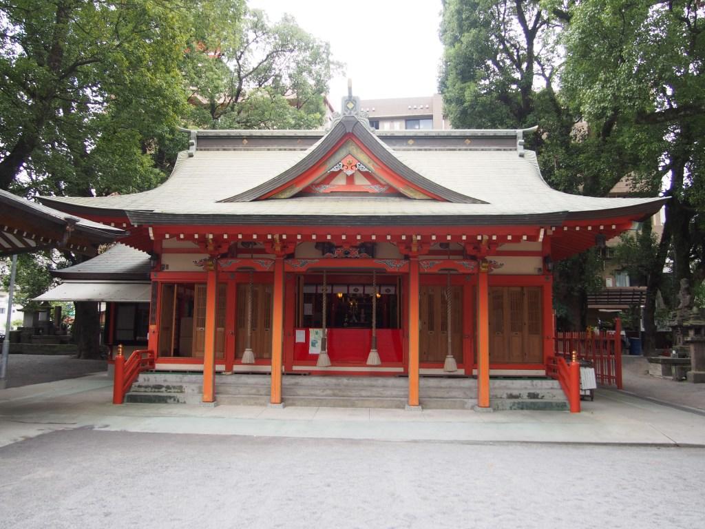 鹿児島市荒田八幡神社の拝殿