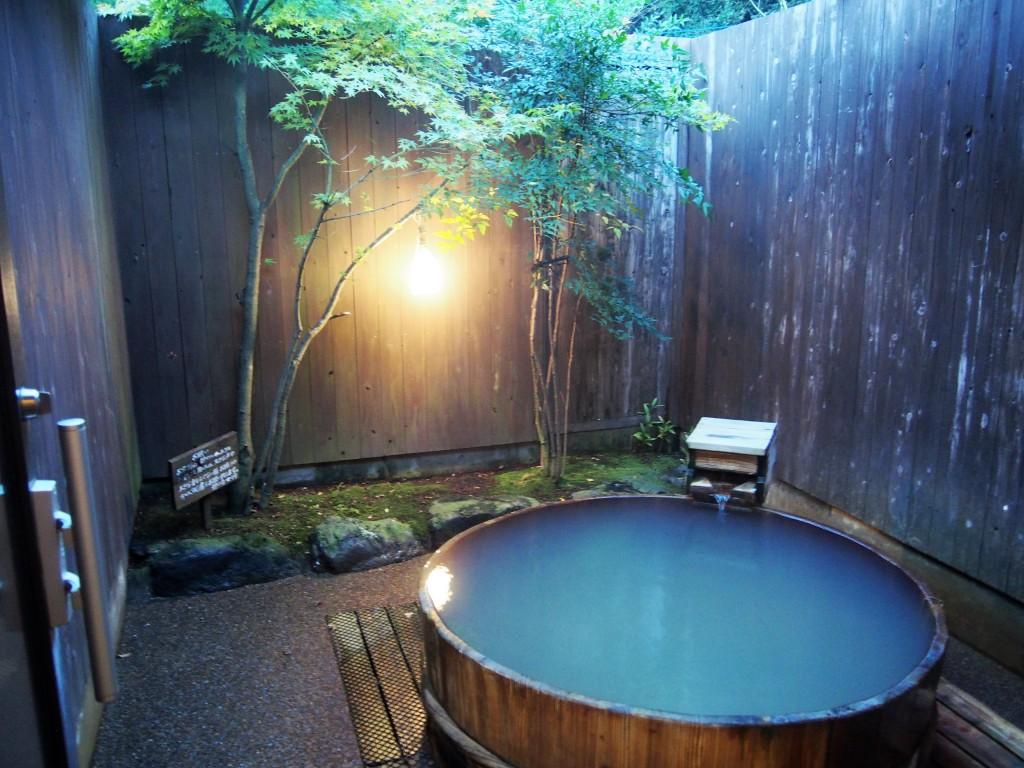 酒樽の露天風呂