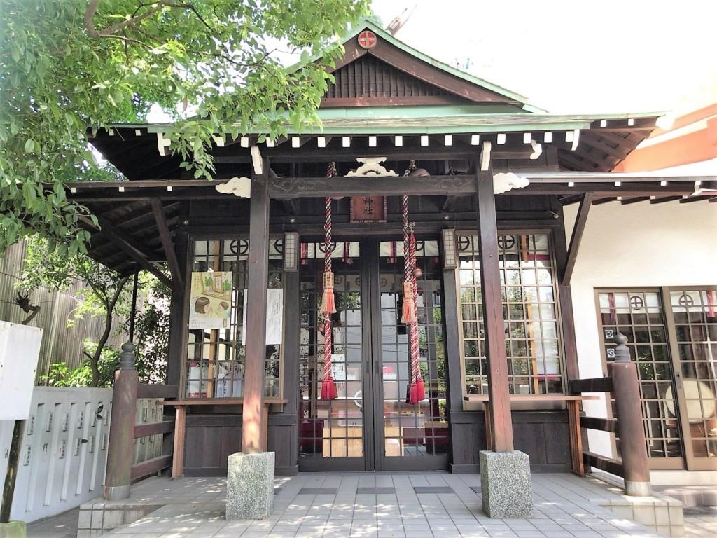 船魂神社の社殿