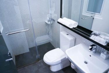 ユニットバスがトイレ付き!狭いスペースでもできる収納術