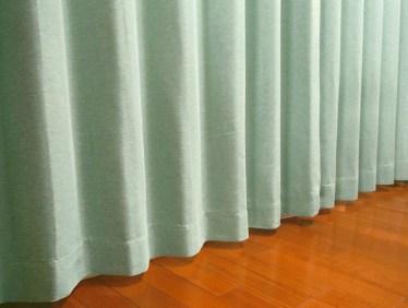 ワンルームを仕切りカーテンで低コスト&手軽に仕切ろう!
