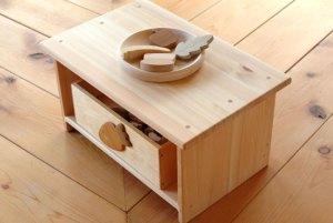 国産木材のおもちゃ