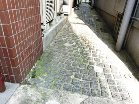 石畳と紅小路1
