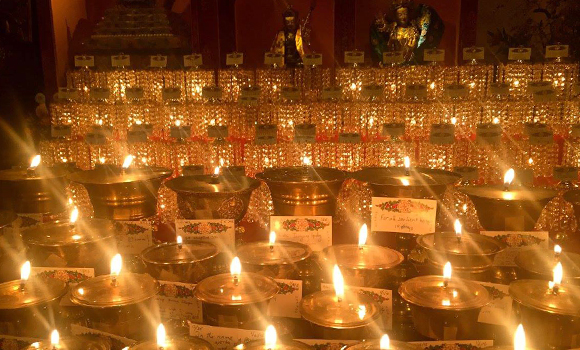 Offering Lamps at KTD