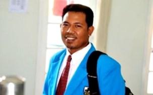 Wakil Ketua KNPI Bidang Keagamaan, Seni, Budaya dan Pariwisata Kota Bima, Musthofa Umar, S. Ag., M.Pd.I. Foto: Erde