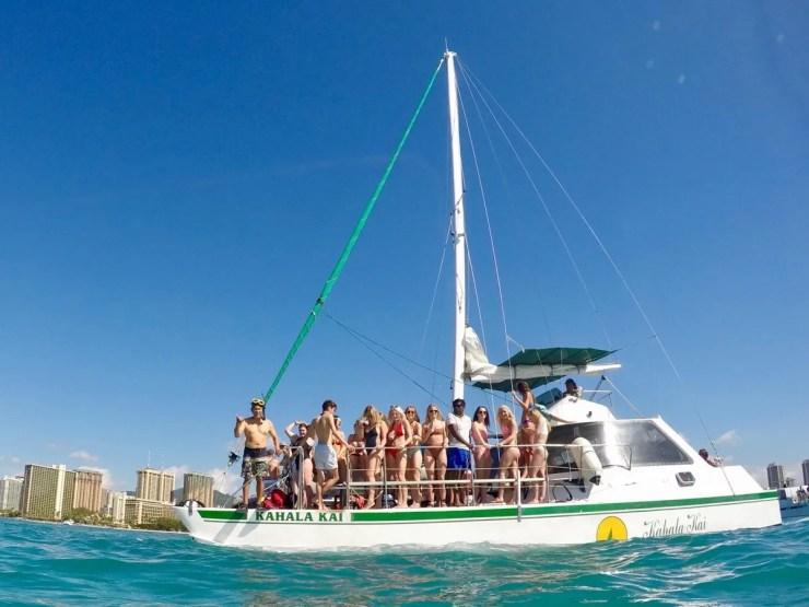 Oahu Catamaran Cruise In Honolulu