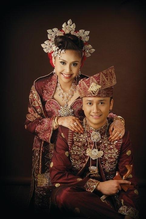 Cucuk Sanggul Lintang Kahwin Khronicles
