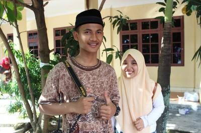 インドネシアでの海外生活、インドネシア人はバイリンガル