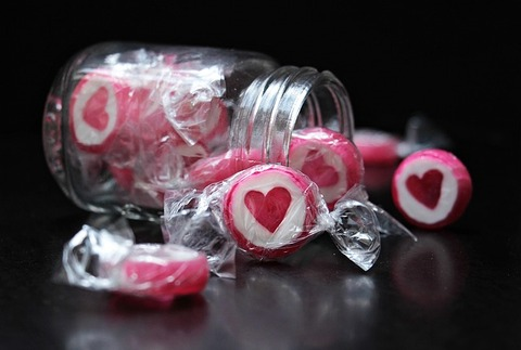 candy-2087625_640