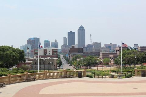 West Des Moines 18 013